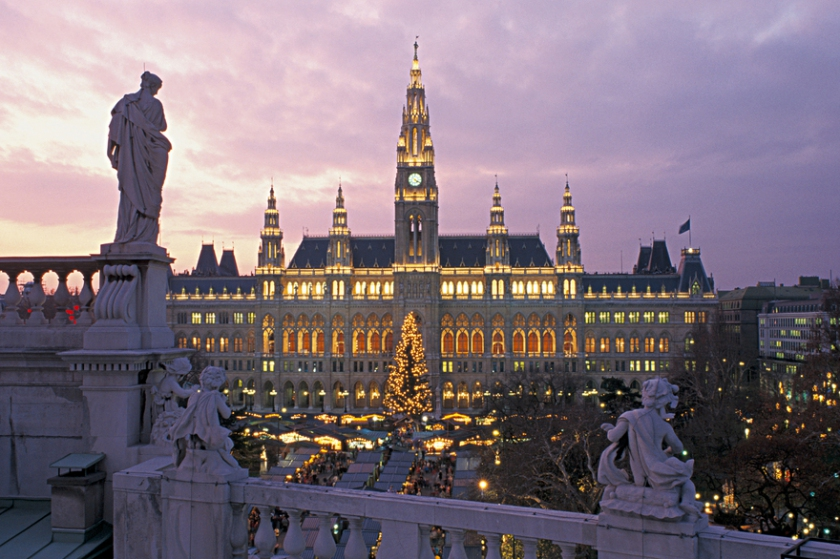 Christmas Market at the Vienna Town Hall