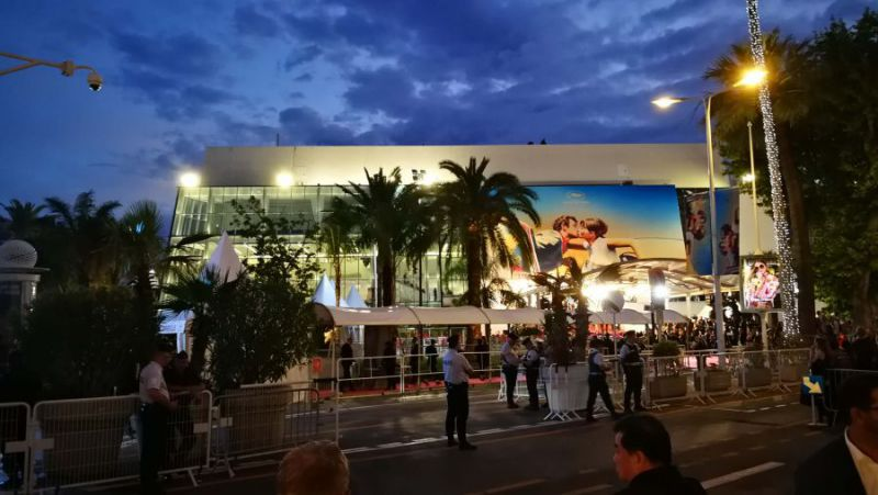 Evening atmosphere at the Palais des Festivals